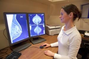 rakGrudi mamografija 300x199 Рак молочной железы